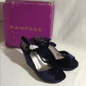 RAMPAGE Chrissy 3 All Velvet Navy Wedge Shoes 7.5